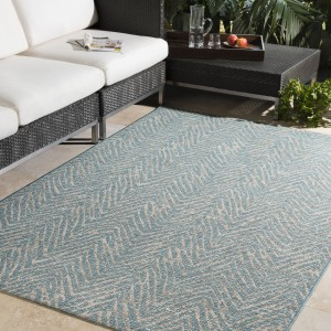 Bungalow Rose Fonwhary Aqua Indoor/Outdoor Area Rug BNRS8673